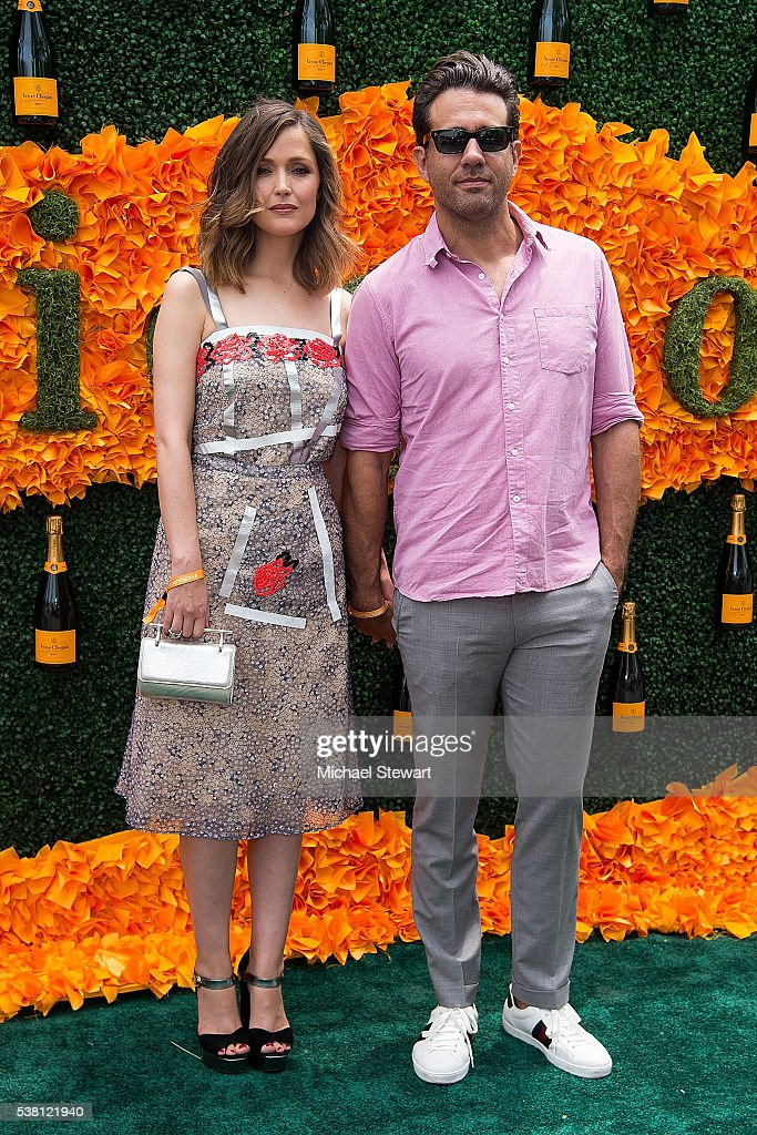 Actors Rose Byrne (L) and Bobby Cannavale attend the 2016 Veuve Clicquot Polo Classic at Liberty State Park on June 4, 2016 in Jersey City, New Jersey.