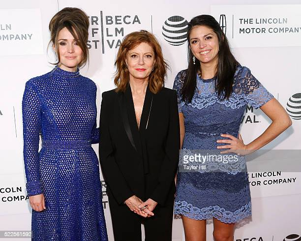 Actors Rose Byrne Susan Sarandon and Cecily Strong attend the premiere of 'The Meddler' at Borough of Manhattan Community College during the 2016...
