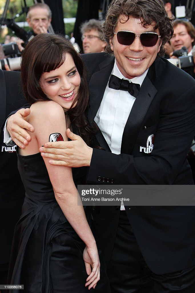 Actors Roxane Mesquida and Daniel Quinn attend the premiere of 'Biutiful' held at the Palais des Festivals during the 63rd Annual International Cannes Film Festival on May 17, 2010 in Cannes, France.
