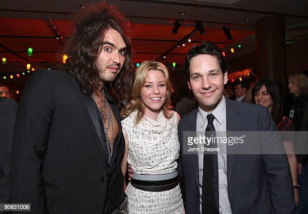 Actors Russell Brand Elizabeth Banks and Paul Rudd attend the party for Universal Pictures' World Premiere of Forgetting Sarah Marshall on April 10...
