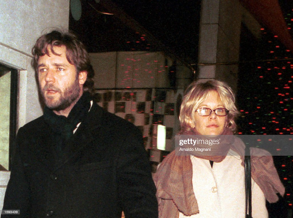 Russell Crowe and Meg Ryan in New York City : News Photo
