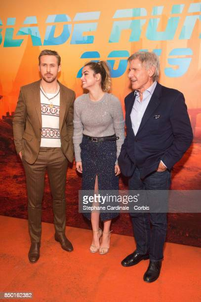 """Actors Ryan Gosling, Ana de Armas and Harrison Ford attend the """"Blade Runner 2049"""" Photocall at Hotel Le Bristol on September 20, 2017 in Paris,..."""