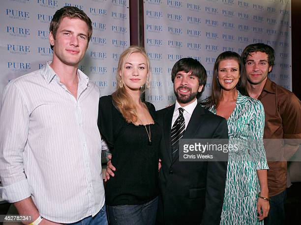 Actors Ryan McPartlin from left Yvonne Strahovski Joshua Gomez Sarah Lancaster and Zachary Levi attend NBC's CHUCK premiere party at PURE Nightclub...