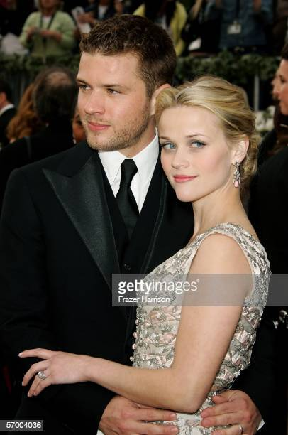 Actors Ryan Phillippe and Reese Witherspoon arrive to the 78th Annual Academy Awards at the Kodak Theatre on March 5, 2006 in Hollywood, California.