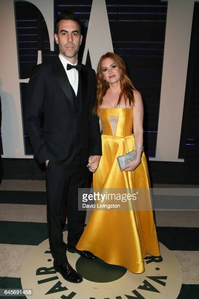 Actors Sacha Baron Cohen and Isla Fisher attend the 2017 Vanity Fair Oscar Party hosted by Graydon Carter at the Wallis Annenberg Center for the...