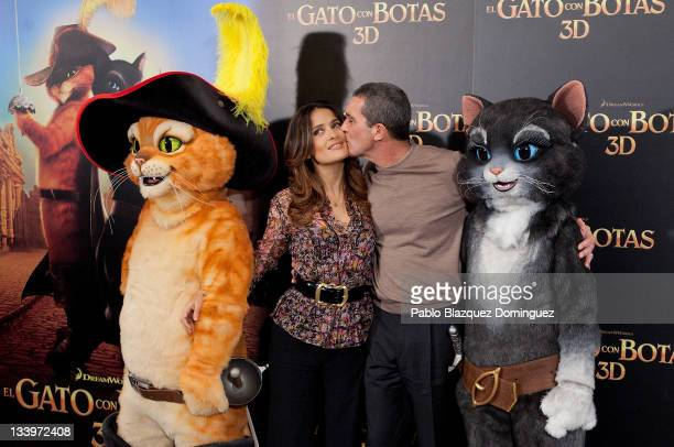 Actors Salma Hayek and Antonio Banderas attend 'Puss in Boots' photocall at Hotel Villa Magna on November 23 2011 in Madrid Spain