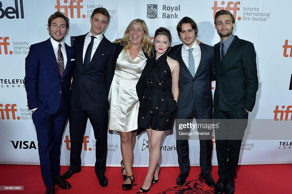 """""""The Riot Club"""" Premiere - Red Carpet - 2014 Toronto International Film Festival : Nachrichtenfoto"""