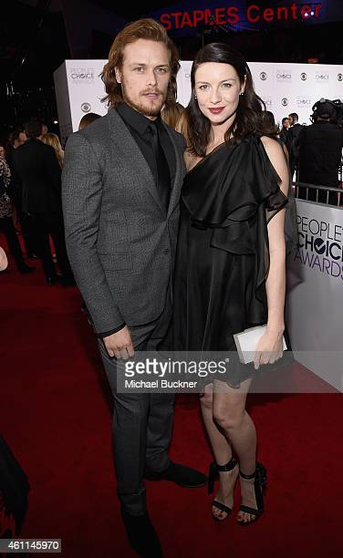 Actors Sam Heughan and Caitriona Balfe attend The 41st Annual People's Choice Awards at Nokia Theatre LA Live on January 7 2015 in Los Angeles...