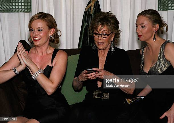 Actors Samantha Mathis Jane Fonda and Hope Davis attend the 63rd Annual Tony Awards Official Lipton Gift Lounge Produced by On 3 Productions at Radio...