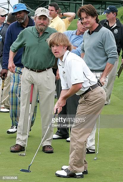 Actors Samuel L Jackson Michael Douglas Haley Joel Osment and Kyle McLachlan attend the 8th annual Michael Douglas Friends Golf Tournament presented...