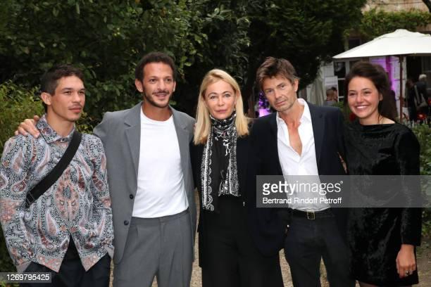 "Actors Sandor Funtek, Vincent Dedienne, Emmanuelle Beart, director Ludovic Bergery and actor Marie Zabucovek attend the ""L'Etreinte"" Photocall at..."