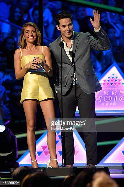 Actors Sarah Hyland and Skylar Astin speak onstage during the Teen Choice Awards 2015 at the USC Galen Center on August 16 2015 in Los Angeles...