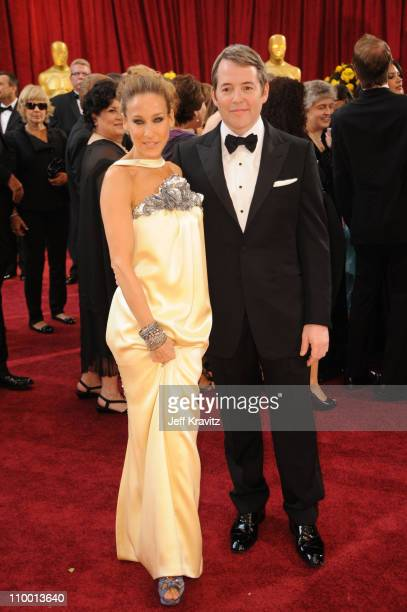 Actors Sarah Jessica Parker and Matthew Broderick arrive at the 82nd Annual Academy Awards held at the Kodak Theatre on March 7 2010 in Hollywood...