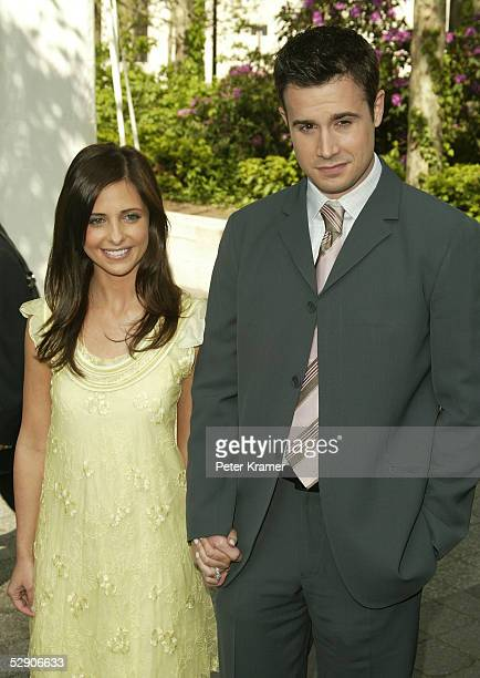 Actors Sarah Michelle Gellar and Freddie Prinze Jr attends the ABC upfront at Lincoln Center on May 17 2005 in New York City