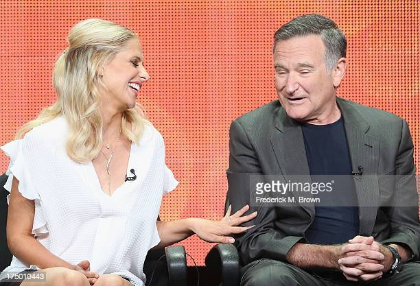 "Actors Sarah Michelle Gellar and Robin Williams speak onstage during ""The Crazy Ones"" panel discussion at the CBS, Showtime and The CW portion of the..."