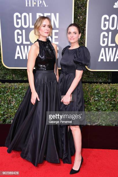 Actors Sarah Paulson and Amanda Peet attend The 75th Annual Golden Globe Awards at The Beverly Hilton Hotel on January 7 2018 in Beverly Hills...