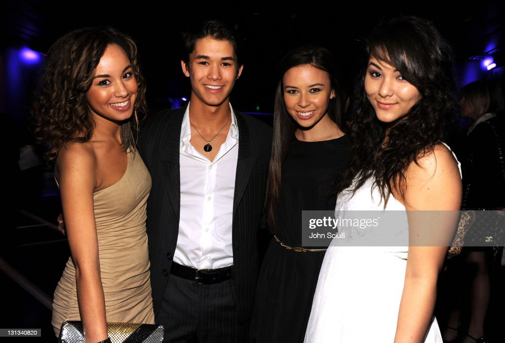 2011 Young Hollywood Awards Presented By Bing - Cocktails