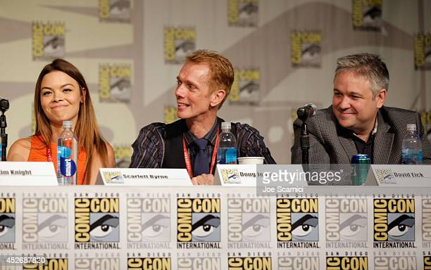 Actors Scarlett Byrne Doug Jones and writer/producer David Eick speak onstage at the TNT at ComicCon International San Diego 2014 'Falling Skies'...
