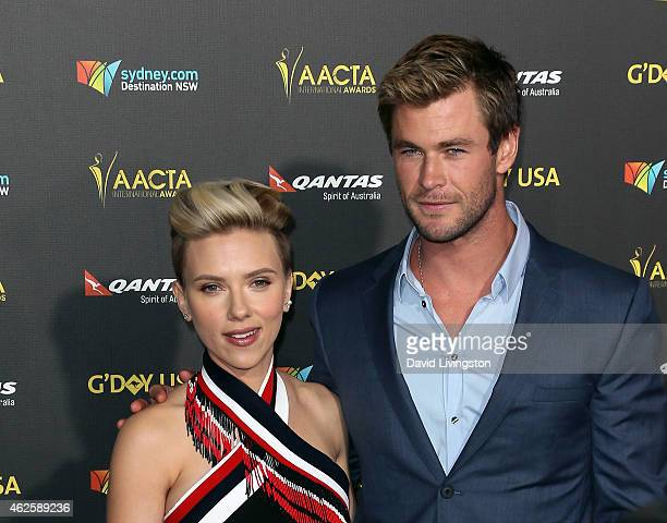 Actors Scarlett Johansson and Chris Hemsworth attend the 2015 G'Day USA Gala featuring the AACTA International Awards presented by QANTAS at the...