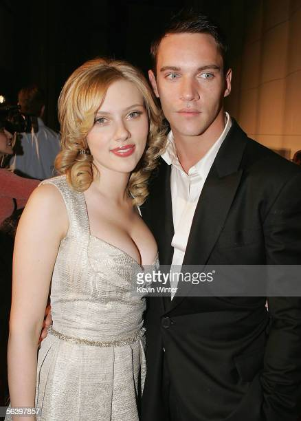 """Actors Scarlett Johansson and Jonathan Rhys-Meyers pose at the premiere of DreamWorks' """"Match Point"""" at the Los Angeles County Museum of Art on..."""