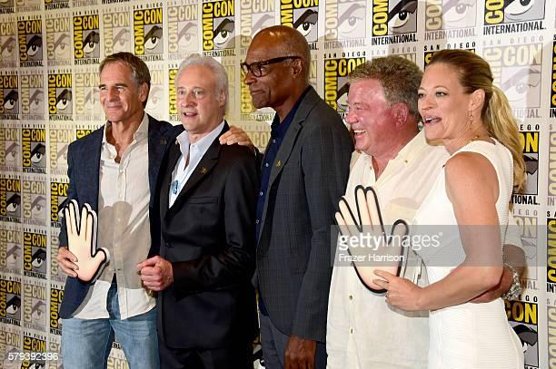 Actors Scott Bakula Brent Spiner Michael Dorn William Shatner and Jeri Ryan attend the 'Star Trek 50' press line during ComicCon International on...
