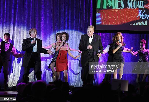 Actors Scott Bakula Jean Louisa Kelly Ken Howard and Lea Thompson perform onstage during the 19th annual A Night At Sardi's fundraiser and awards...