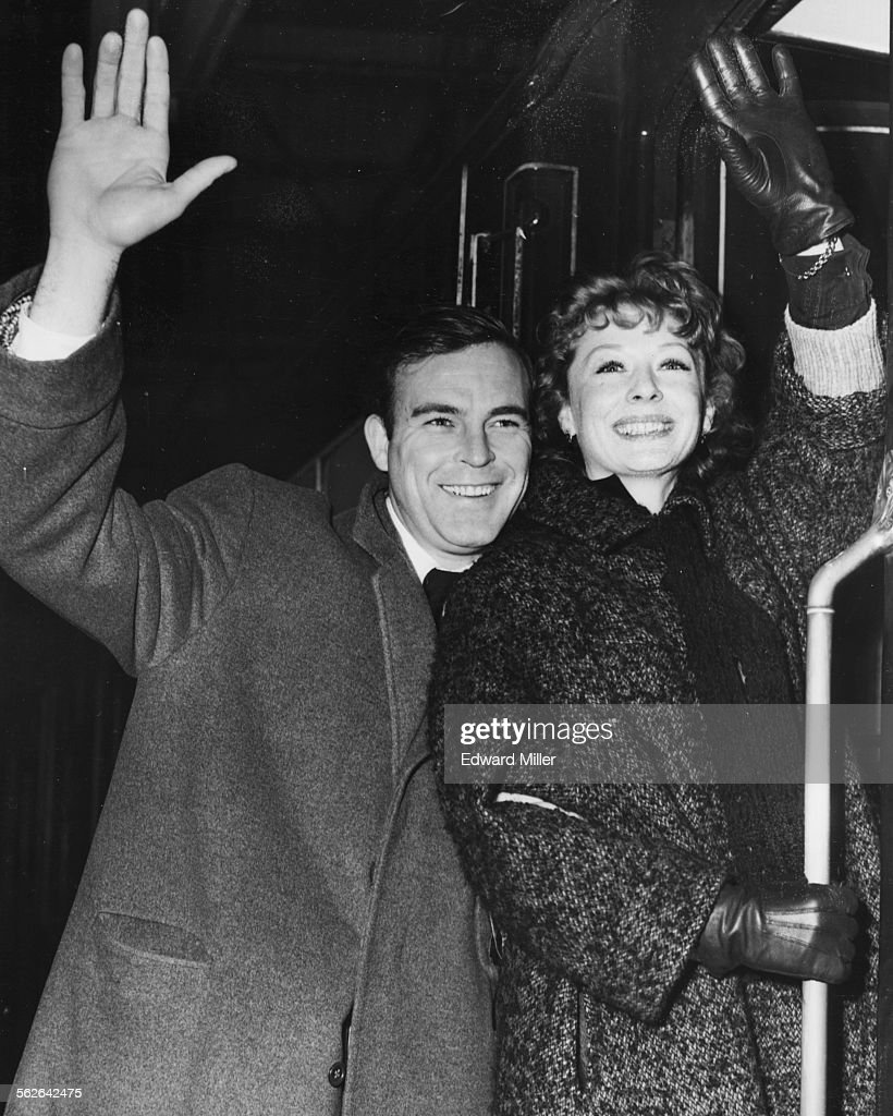 Scott Brady And Gwen Verdon : News Photo