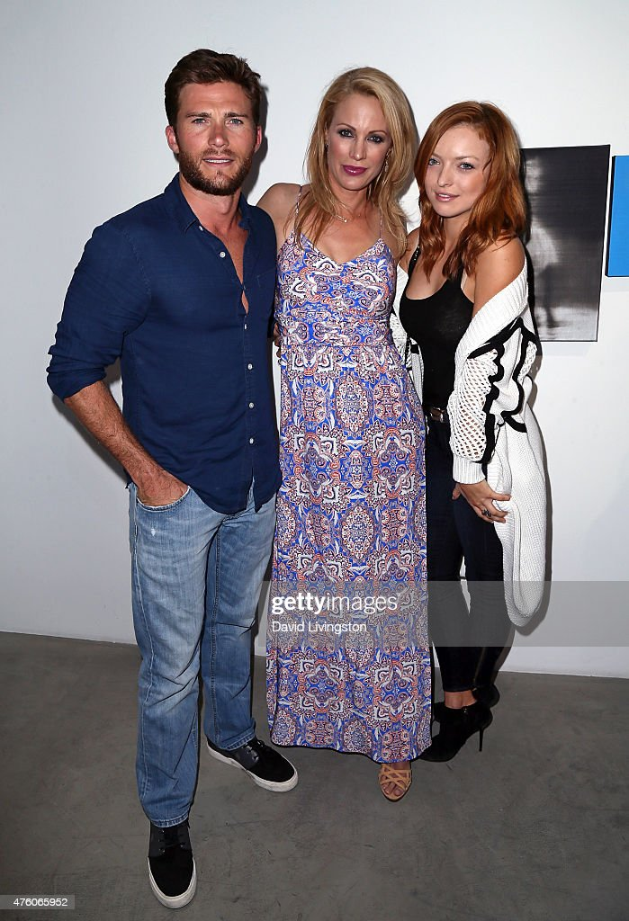 Actors Scott Eastwood, Alison Eastwood and Francesca Eastwood attend the Art for Animals fundraiser art event hosted by Alison Eastwood at De Re Gallery on June 5, 2015 in West Hollywood, California.