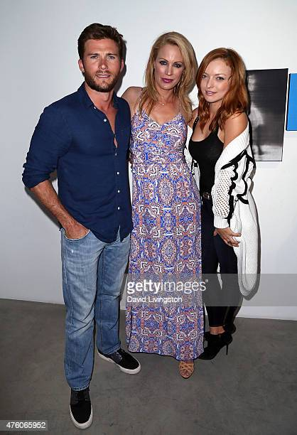 Actors Scott Eastwood Alison Eastwood and Francesca Eastwood attend the Art for Animals fundraiser art event hosted by Alison Eastwood at De Re...