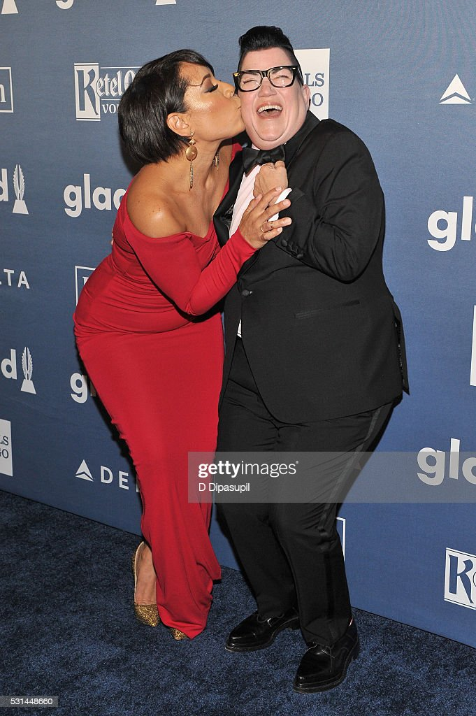 Actors Selenis Leyva (L) and Lea DeLaria attend at The 27th Annual GLAAD Media Awards with Hilton at Waldorf Astoria Hotel on May 14, 2016 in New York City.