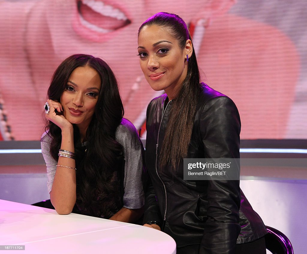 Actors Selita Ebanks and Cynthia Kaye McWilliams visit 106 & Park at 106 & Park studio on November 11, 2013 in New York City.