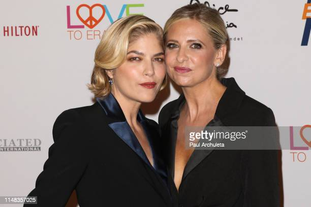 Actors Selma Blair and Sarah Michelle Gellar attend the 26th annual Race To Erase MS Gala at The Beverly Hilton Hotel on May 10, 2019 in Beverly...