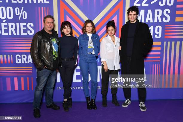 Actors Sergi Lopez Alba Gaia Bellugi Laetitia Casta Noee Abita and Manuel Severi attend the Une Ile Photocall during the 2nd Series Mania Festival on...