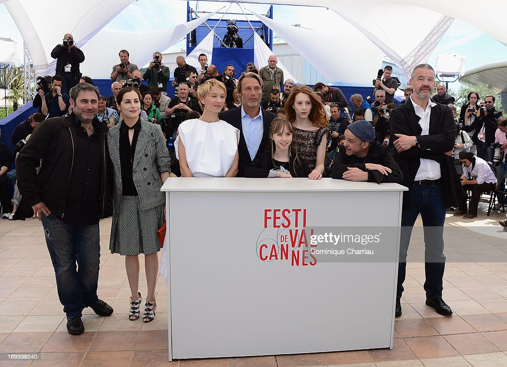 Actors Sergi Lopez, Amira Casar, Delphine Chuillot, Melusine Mayance, Mads Mikkelsen, Roxane Duran, Denis Lavant and director Arnaud des Pallieres attend the photocall for 'Michael Kohlhaas' at The 66th Annual Cannes Film Festival at Palais des Festivals on May 24, 2013 in Cannes, France.