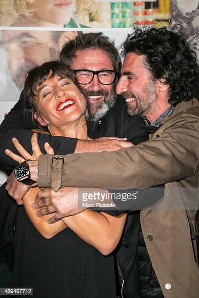 Actors Sergi Lopez Romane Bohringer and director Laurent Laffargue attend the 'Les Rois du Monde' Premiere on September 21 2015 in Paris France