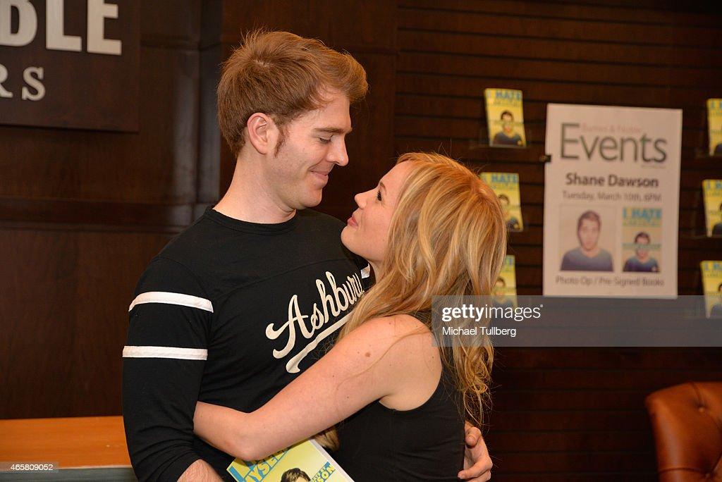"Shane Dawson Book Event ""I Hate Myselfie"" : News Photo"