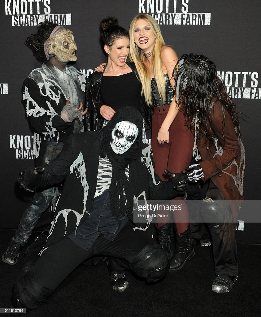 Actors Shenae Grimes and AnnaLynne McCord arrive at the Knott's Scary Farm Black Carpet Event at Knott's Berry Farm on September 30, 2016 in Buena Park, California.