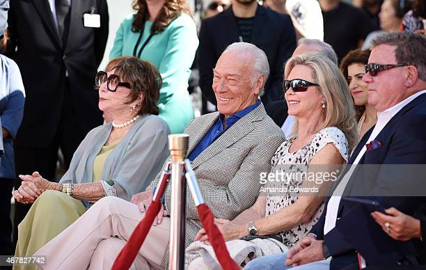 Actors Shirley MacLaine Christopher Plummer Elaine Taylor and William Shatner attend the TCM hand and footprint ceremony of Academy Awardwinning...