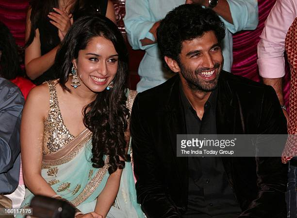 Actors Shraddha Kapoor and Aditya Kapur at the music launch of the film Aashiqui 2 in Mumbai on 8th April 2013