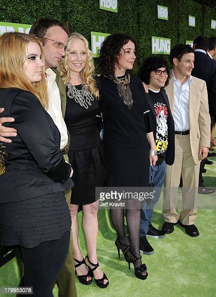 Actors Sianoa SmitMcPhee Thomas Jane Anne Heche Jane Adams Charlie Saxton and Eddie Jemison arrive at the HBO premiere of Hung held at Paramount...