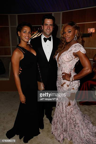 Actors Simone Bent Troy Garity and tennis player Serena Williams attend the 2014 Vanity Fair Oscar Party Hosted By Graydon Carter on March 2 2014 in...