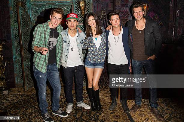 Actors / singers Kendall Schmidt Carlos Pena Jr Victoria Justice Logan Henderson and James Maslow pose backstage at the Big Time Rush press...