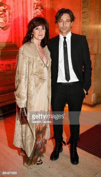 Actors Siobhan Finneran and Jake Canuso arrives at the National Television Awards at the Royal Albert Hall October 29, 2008 in London, England.