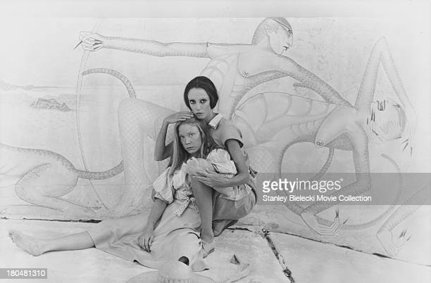Actors Sissy Spacek and Shelley Duvall in a scene from the movie '3 Women', 1977.