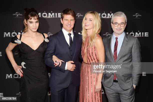 Actors Sofia Boutella Tom Cruise Annabelle Wallis and director Alex Kurtzman attend 'The Mummy La Momie' Paris Premiere at Le Grand Rex on May 30...
