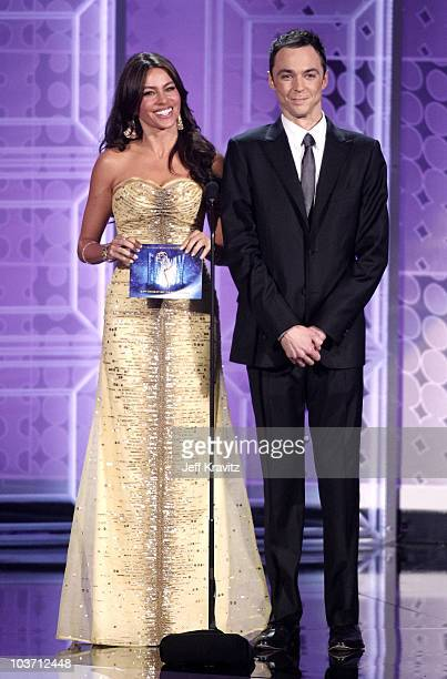 Actors Sofia Vergara and Neil Patrick Harris present award onstage at the 62nd Annual Primetime Emmy Awards held at the Nokia Theatre L.A. Live on...