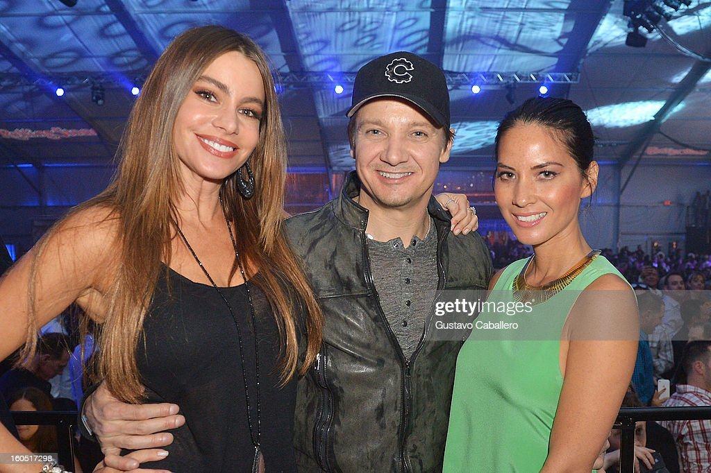 Rolling stone live at the bud light hotel for super bowl xlvii actors sofia vergara jeremy renner and olivia munn attend the rolling stone live party mozeypictures Images