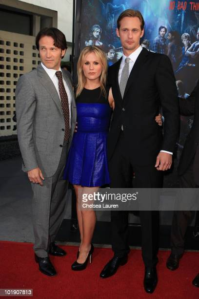 Actors Stephen Moyer Anna Paquin and Alexander Skarsgard arrive at HBO's True Blood Season 3 Premiere at ArcLight Cinemas Cinerama Dome on June 8...
