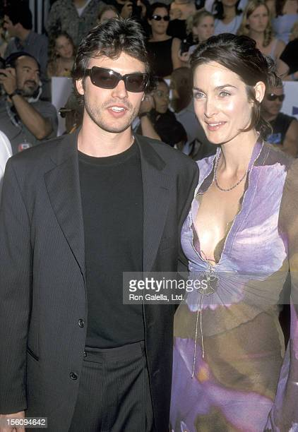 Actors Steven Roy and CarrieAnn Moss attend the Ninth Annual MTV Movie Awards on June 3 2000 at Sony Pictures Studios in Culver City California