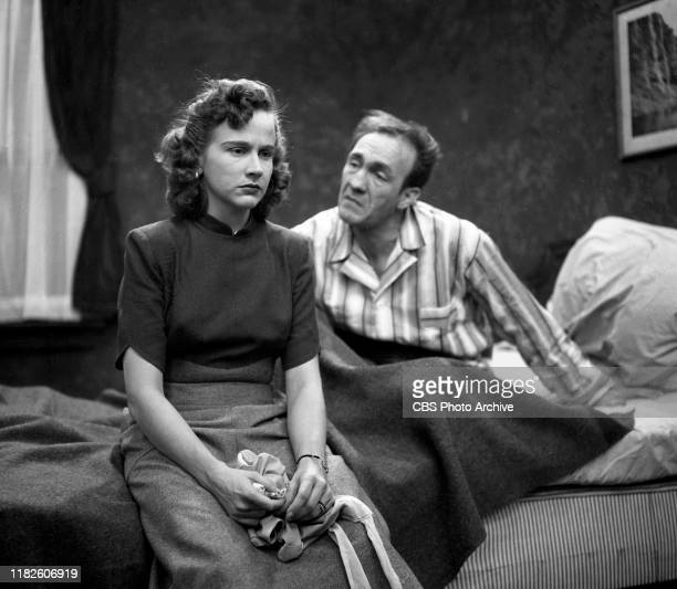 Actors Studio a CBS television dramatic anthology series Episode Return to Kansas City originally broadcast November 1 1949 Featuring from left Kim...